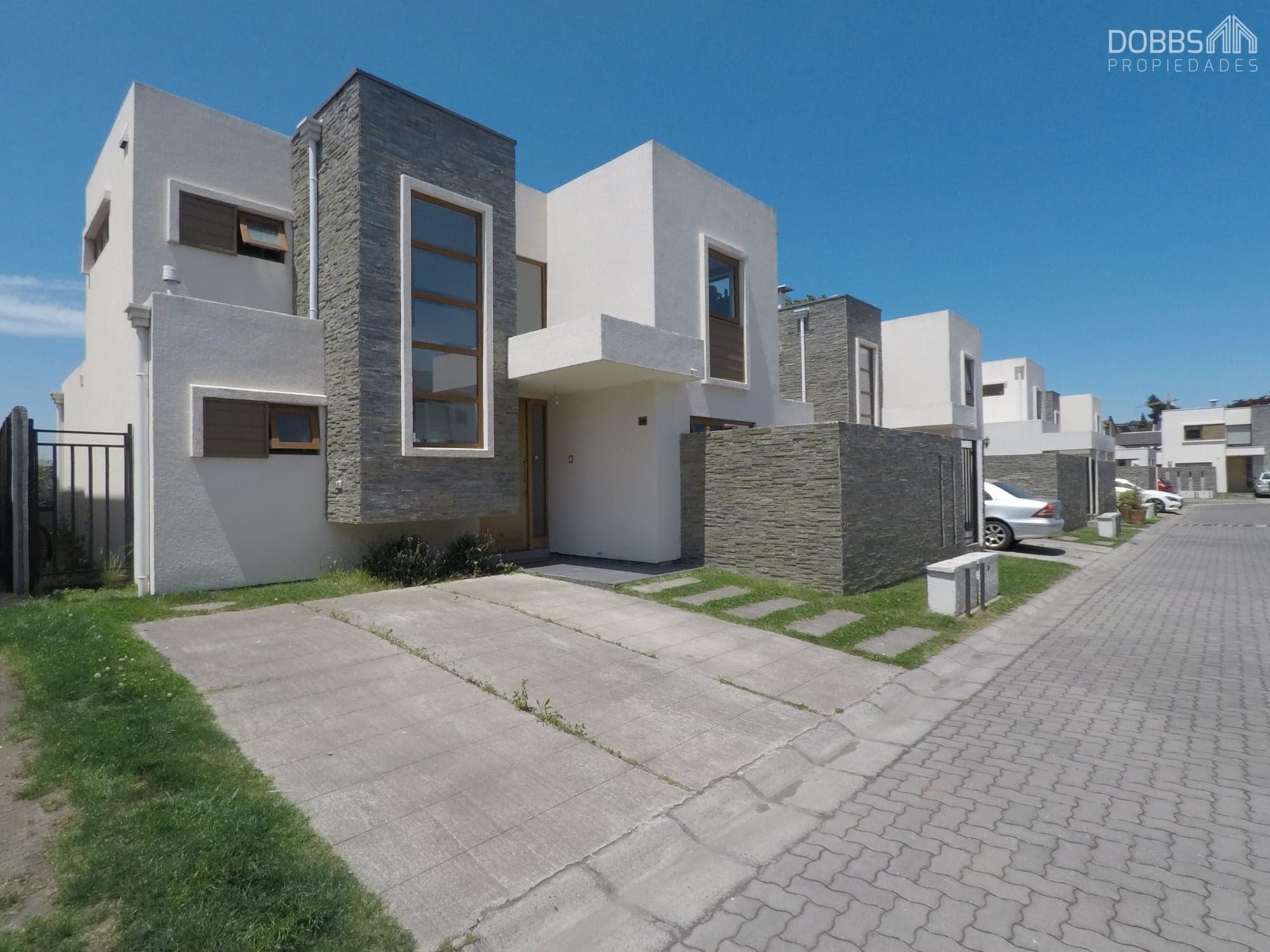 Lomas San Andres, Casa Condominio