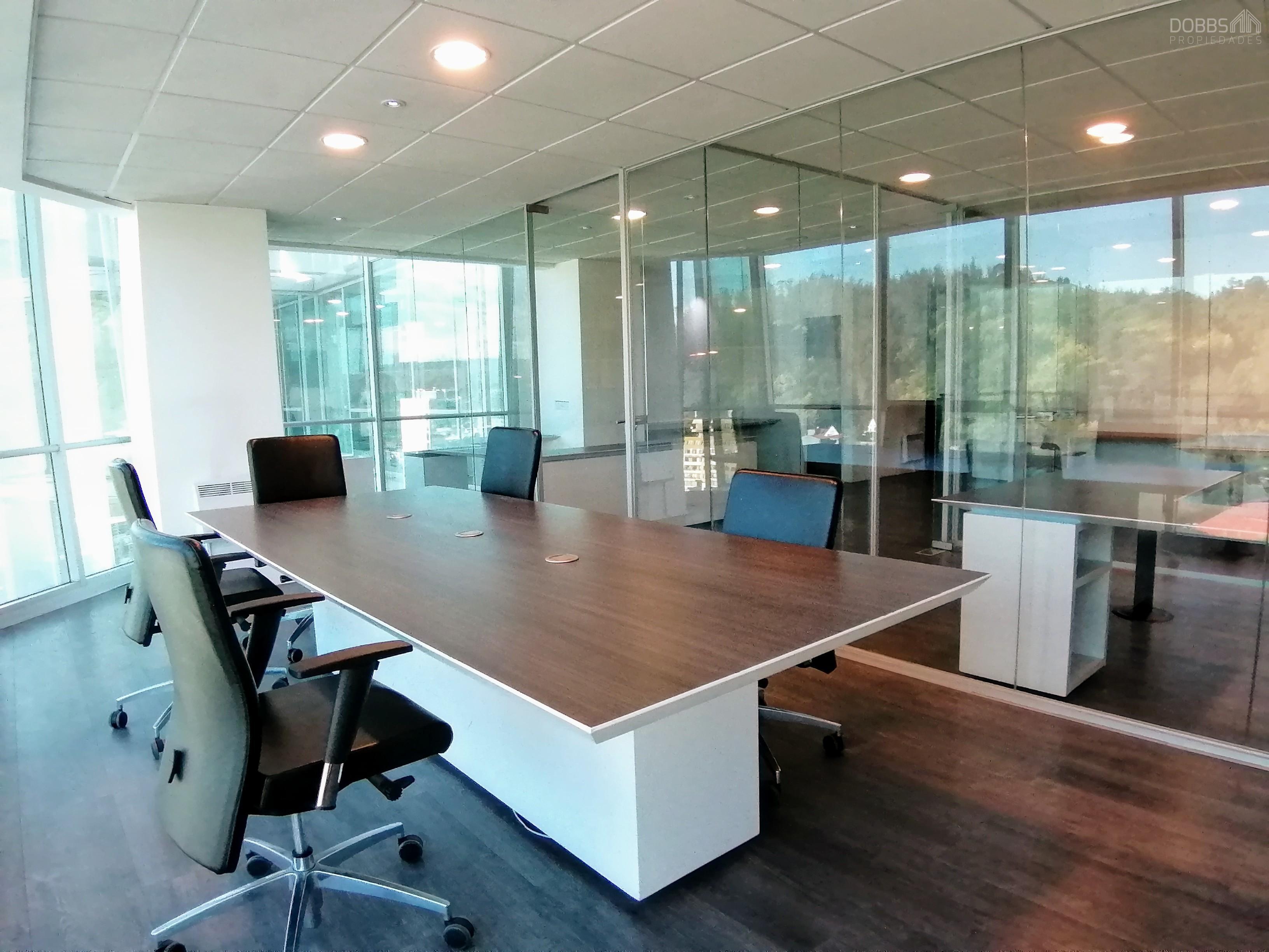 Oficina 95m2, Amoblada, Edificio Centro Plaza